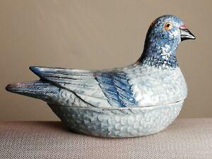 Pigeon en céramique Boite bombonnière ancienne