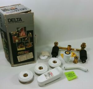 VTG NOS Delta White 2-Handle Tub and Shower Faucet Trim Kit Rough-In