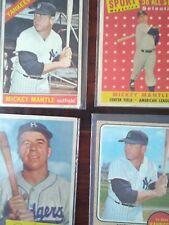 Vintage 1960 's Mickey Mantle, 1950's Pee Wee Reese baseball cards