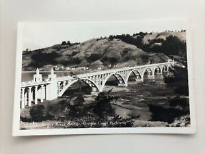 1940's Photo Postcard--OREGON-Rogue River Bridge Oregon Coast Highway Gold Beach
