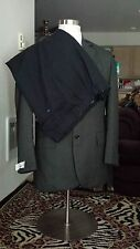 Ray's Men 2 piece Jacket and Vest Suit Size 42R One free pair of men's pants