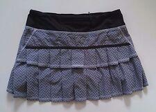 VEUC lululemon Run Pace Setter Skirt SZ 6R Giant Herringbone Gray short, Skorts
