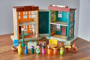 Vintage 1970s Fisher Price Little People PLAY FAMILY SESAME STREET Playset 938