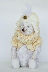 Leon, Polar bear