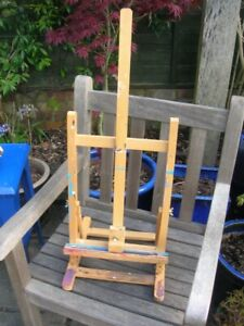 Royal Langnickel Artists Portable Table EASEL Folding Used vgc Some paint
