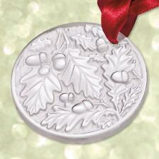 LALIQUE Crystal 2016 Annual Christmas ornament chene (Oak) Clear 10549500
