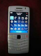 blackberry pearl 9105 white 3g wi fi unlocked gsm 2g 3g 3.2 pix NO NETWORK LOGOS