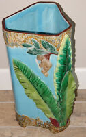 Joseph Holdcroft Majolica Tobacco Leaf (in 3-D Relief) Umbrella Stand circa 1880