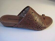 BERNARDO Brown Leather Thong Sandals size 8 1/2 M, NEW!
