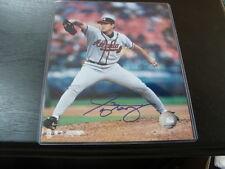 Jung Bong Autograph / Signed 8 x 10 Photo Atlanta Braves