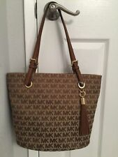 $248 Michael Kors Purse MK Jet Set Handbag Designer Bag/Luggage-Beige-Brown/ NWT