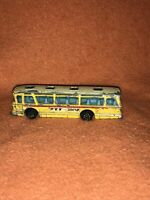 Dinky Toys Viceroy 37 Coach Made in England