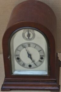 STUNNING QUALITY SMALL ARCHED WOODEN CASED CLOCK STRIKING ON 5 GONGS