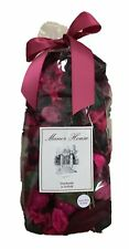 The Manor House Bag of Velvet Rose and Oud Scented Potpourri