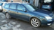Ford mondeo 2.2 ghia x estate 2005 breaking most parts avaliable