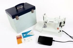 "Vintage ~ ""Singer Featherweight"" ~ 221K Sewing Machine ""White Model"" ~ Working"