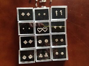 JOB LOT-12 pairs of 12 different styles crystal diamante stud earrings.Gift box.