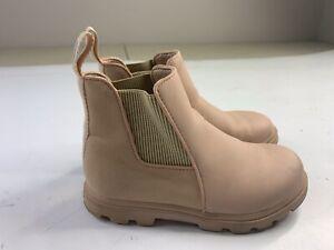 Native Shoes Kensington Treklite Rain Boot Pink Size Junior 1 Kids Girls