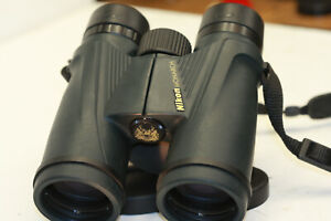 NIKON  MONARCH  5...8 x 42...BINOCULARS     sweet  view out ...bright & clear