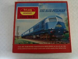 "TRIANG HORNBY RAILWAY SET ""THE BLUE PULLMAN"" RS.52"