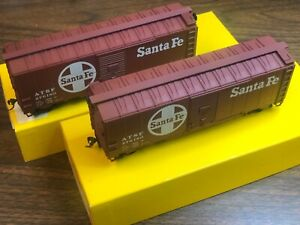 TWO HO Accurail Santa Fe ATSF 40' AAR Steel Boxcar 3201 276180