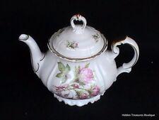 Edelstein Bavaria Maria-Theresia #16793 Teapot w/lid Pink Roses Greenery
