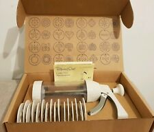 The PAMPERED CHEF 1525 Cookie Press 16 Designs In Open Box Unused Complete