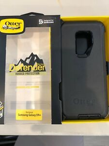 OtterBox Defender Series Case for Samsung Galaxy S9+ - Black