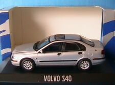 VOLVO S40 2001 SILVER METAL MINICHAMPS 1/43 SALOON BERLINE 4 PORTES FOUR DOORS