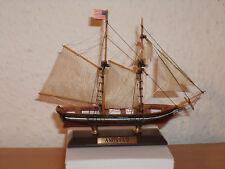 Collezione Modello Nave AMISTAD Kuststoff e legno