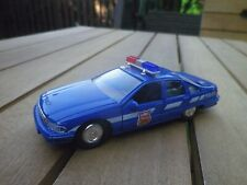 WELLY CHEVROLET CAPRICE POLICE 868 échelle 1/43 COMME NEUF sans boite