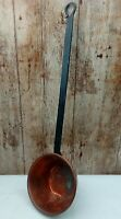 VINTAGE 15cm COPPER SAUCEPAN WITH 36CM LONG BLACKED ALLOY HANDLE 'WALL DISPLAY'
