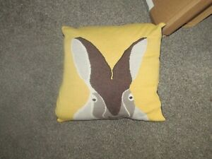 JOULES.MUSTARD/NAVY/HARE CUSHION 40X40CM