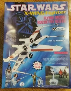 Estes flying model rocket Star Wars T-65 X-wing Fighter Outfit vintage 1422 NIB