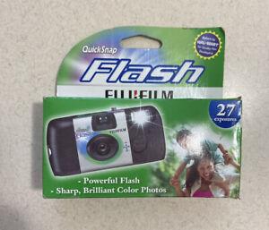 Fujifilm QuickSnap Flash 800 Speed Single Use Camera - EXPIRED 6/2017