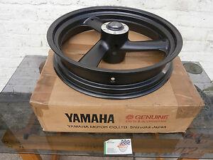 Yamaha FZR1000 EXUP '94 / YZF 750 '95 & '96 Front Wheel 4FM-25168-00-7B