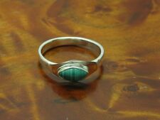 925 Sterling Silver Ring With 0,80ct Malachite Decorations/ Sterling/ 0.0917oz/