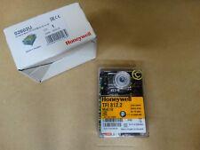 Steuergerät Honeywell Satronic TFI 812.2 Mod 10 Regler Feuerungsautomat (STFI10)