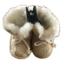 Piper Baby Girls' Slipper Moccasin Bootie Size 3 Tan with White Snowflake NEW