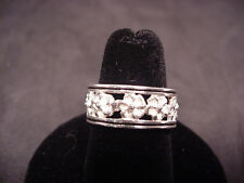 Sterling Silver Band Ring Flowers & Black Enamel Trim Very Detailed sz 6.5-7