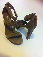 """New Ladies GUCCI Dark Beige Gladiator Shoes/Sandals 4"""" Heel Size 7 / 41"""