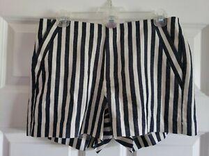NWT Banana Republic Women's Size 6 Petite Shorts Striped Linen Blend