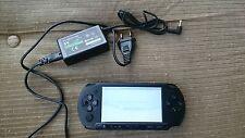 SONY PSP E-1004 2D + 8GB Memory Stick + Harry Potter Spiel Spielkonsole Schwarz