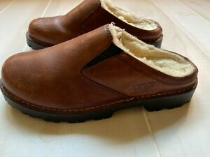 MEN'S UGG  brown  S/N 5140 leather sheepskin lined mule clog shoes size  9