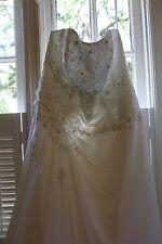 David's Bridal Wedding Dress w/ Accessories