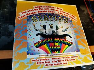 THE BEATLES THE MAGICAL MYSTERY TOUR LP & BOOKLET GATE-FOLD APPLE SMAL2835
