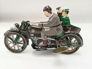 TIN TOY MOTORBIKE AND SIDECAR WIND UP  GREAT COLLECTIBLE MOTORCYCLE TOY