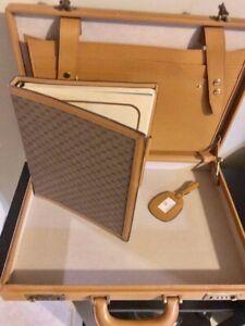 Authentic Vintage GUCCI Briefcase, w/ Agenda (1980's) in pristine condition