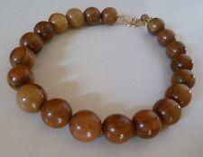 collier en bois d'olivier ras du cou  réglable 20 perles très bon état