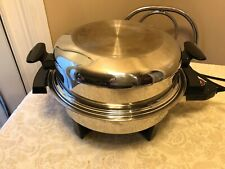 TOWNECRAFT STAINLESS STEEL ELECTRIC SKILLET W EGG POACHER LID & CORD